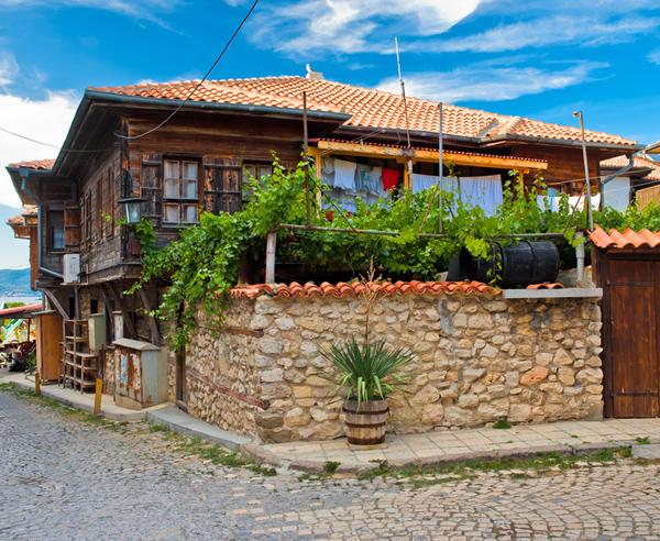immobilien in bulgarien mieten kaufen bei. Black Bedroom Furniture Sets. Home Design Ideas